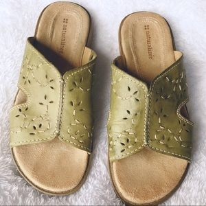 Naturalizer Mules Sage Green Size 8 W